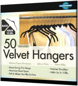 Velvet Hangers (Amazon)