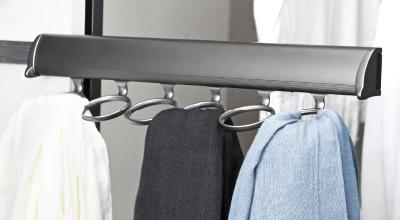 Symmetry Closets: Elite Scarf Rack