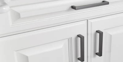 Symmetry Closets: Engage Modern Handle (Other Finishes and Styles Available)